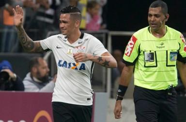 Luciano---Corinthians-2-x-1-Santa-Cruz