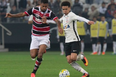 Marquinhos-Gabriel---Corinthians-2-x-1-Santa-Cruz