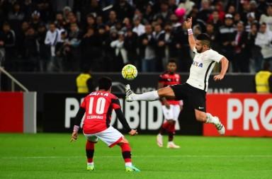 Guilherme - Corinthians 2 x 1 Vitória