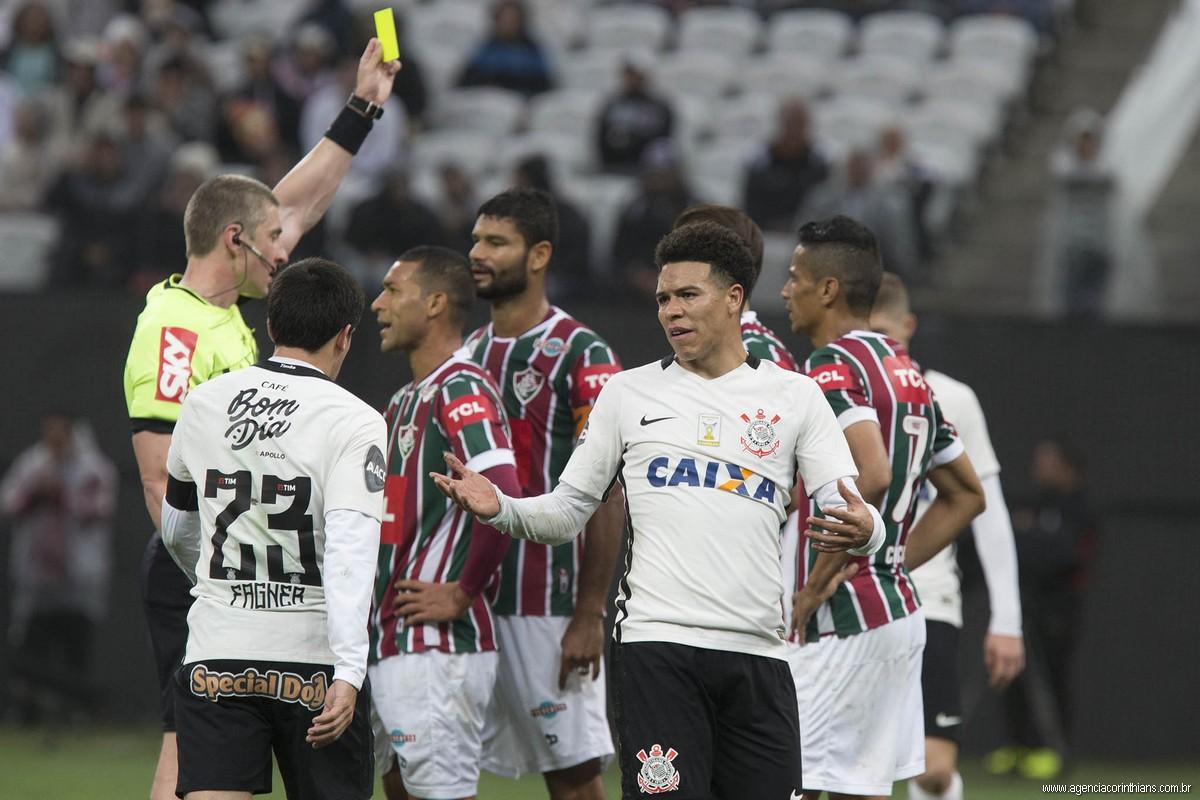Corinthians 0 x 1 Fluminense - Brasileirão 2016
