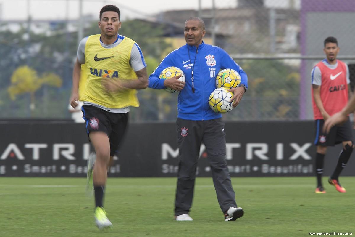 Gustavo - Cristóvão Borges - Corinthians