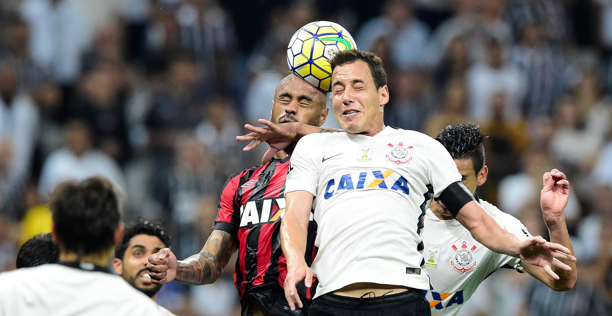 Rodriguinho - Corinthians 0 x 0 Atlético-PR.