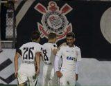 Kazim marca, e Corinthians faz 4 no Vasco em reencontro com Cristóvão