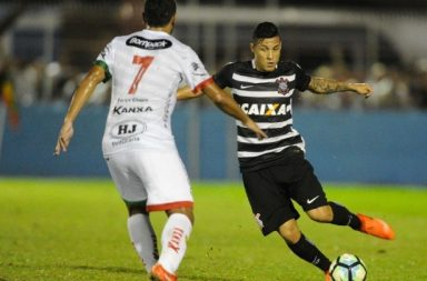 Arana - Brusque x Corinthians
