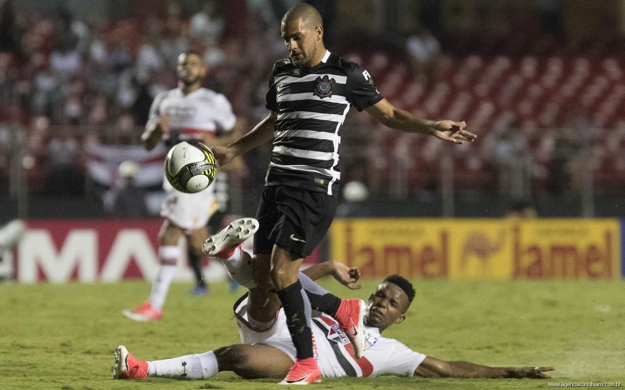 Clayton - São Paulo 0 x 2 Corinthians
