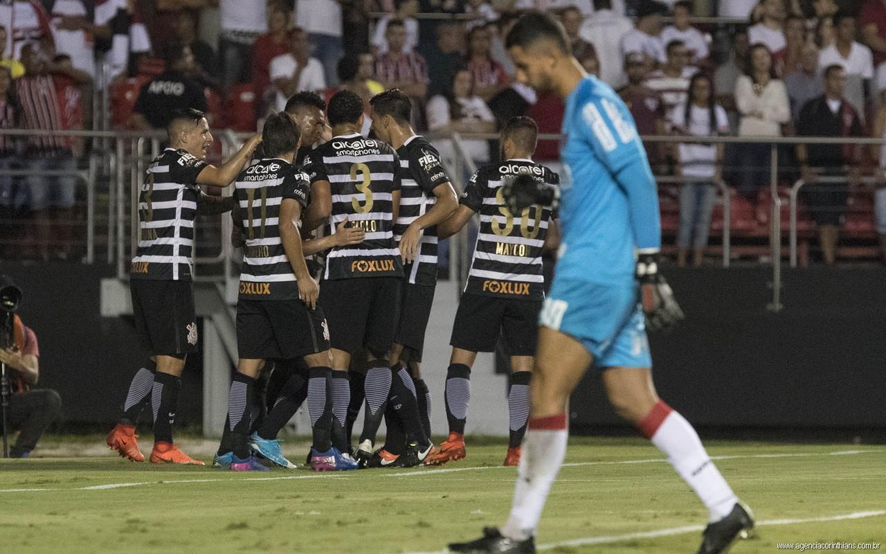 Do 6 a 1 ao 2 a 0: Timão 'aposenta' camisa dois e já prepara novidade