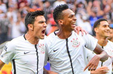 Jô - Corinthians 1 x 1 São Paulo