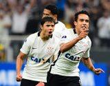 Jadson - Gol Corinthians 2 x 0 Universidad de Chile