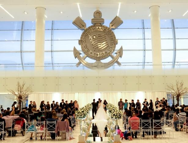 Arena Corinthians recebeu sua primeira cerimônia de casamento no sábado