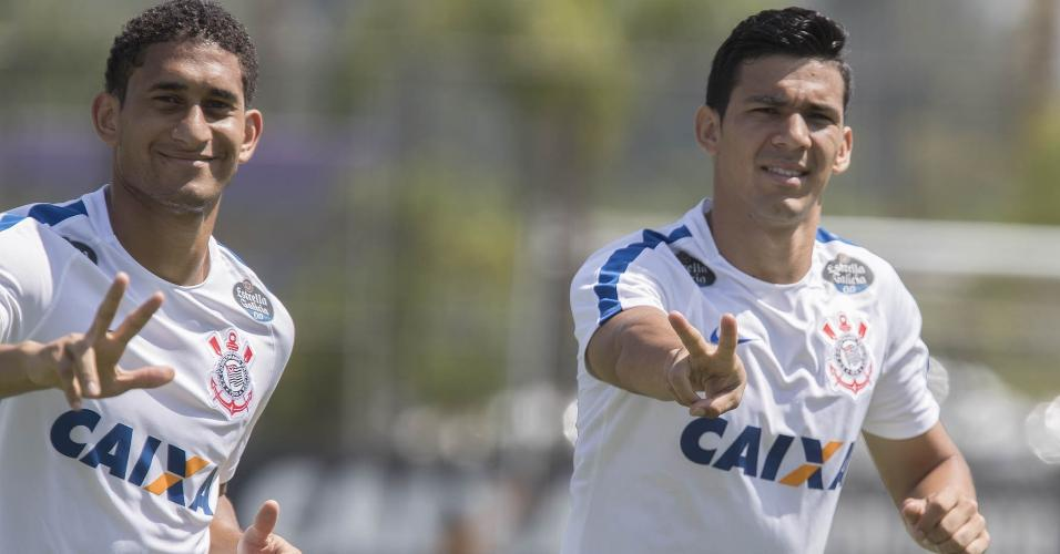 Palmeiras faz nova reunião por zagueiro e negociação avança