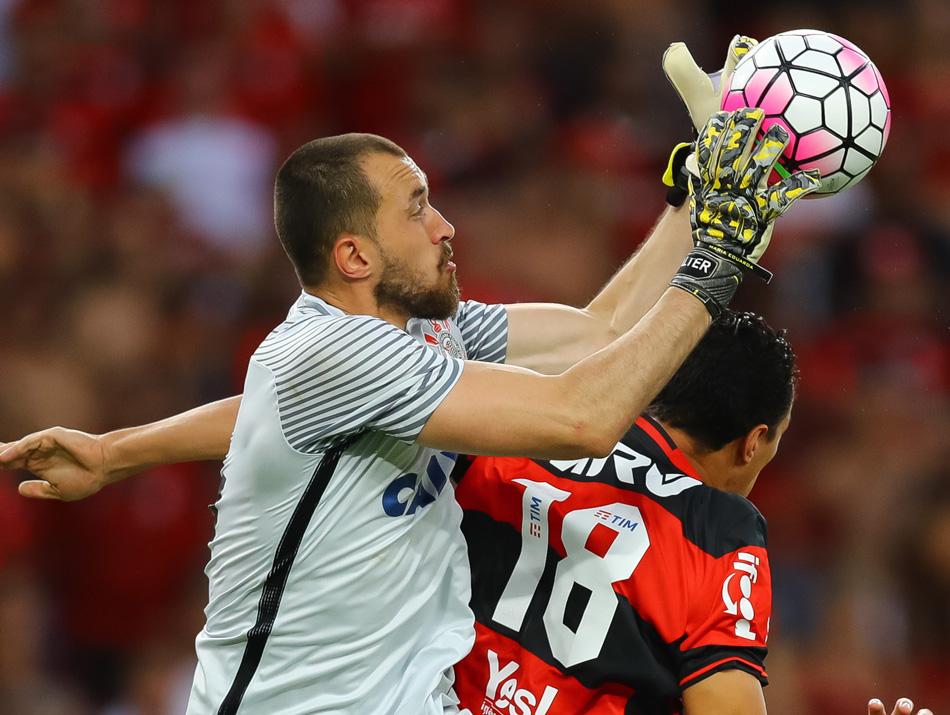 Walter, goleiro do Corinthians, tem interesse em jogar no Flamengo, revela comentarista
