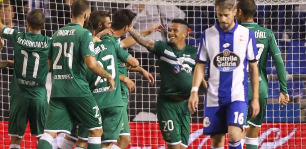 Atacante Luciano, ex-Corinthians, foi oferecido e Cruzeiro estuda possível reforço