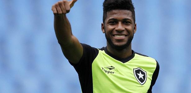 Emerson Santos disputou apenas duas partidas pelo Botafogo no Brasileirão