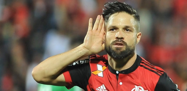 O meia Diego não quer o Flamengo falando sobre o título brasileiro no momento