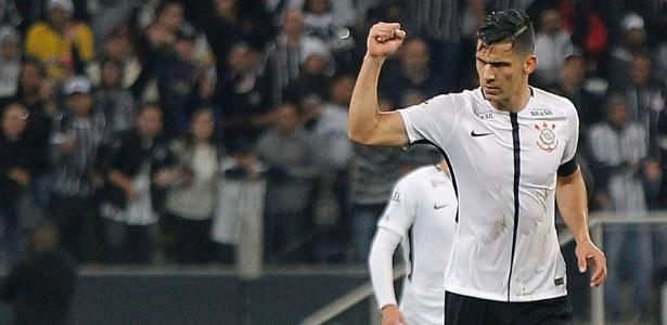 Balbuena durante partida do Corinthians