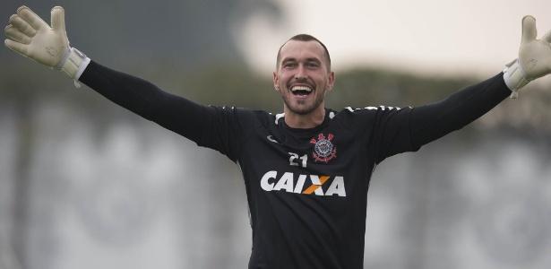 Corinthians barrou ida do goleiro Walter ao São Paulo