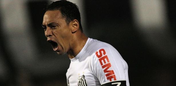 Ricardo Oliveira garantiu a vitória do Santos contra o Flamengo