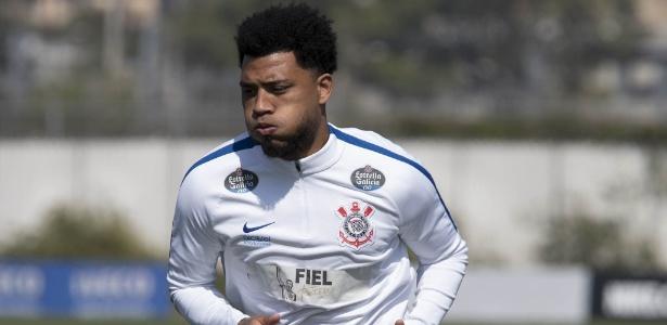 Kazim é uma das novidades do Corinthians diante do Atlético-GO