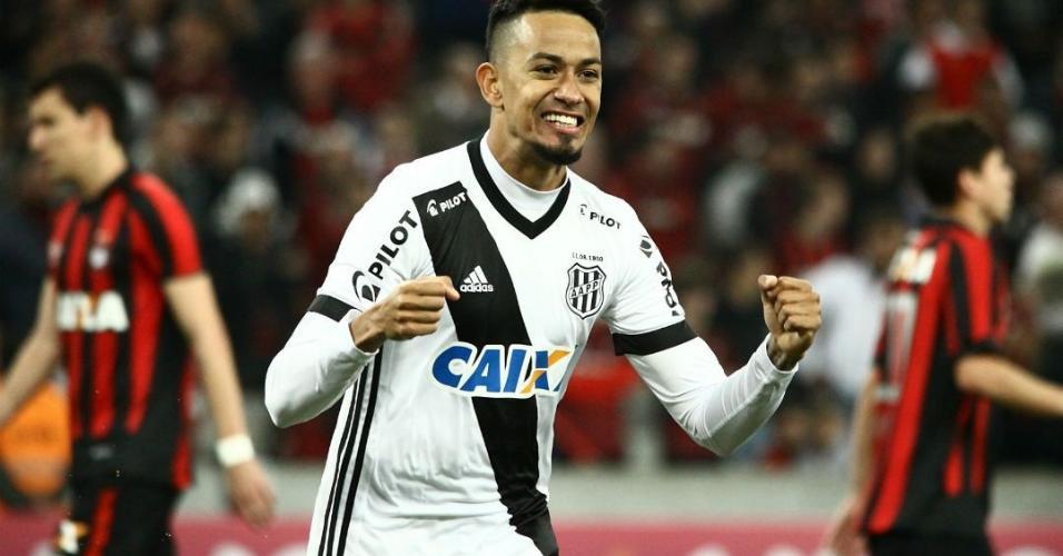 Corinthians recusa R$ 9 milhões por Lucca e pede mais que o dobro