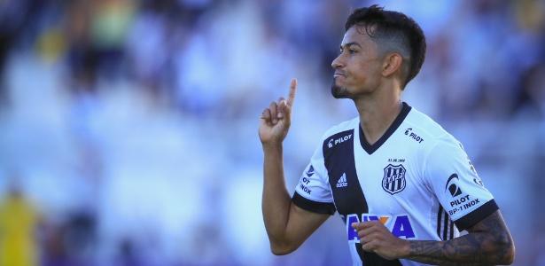 Lucca já marcou dez gols no Brasileirão e só está atrás de Jô e Henrique Dourado