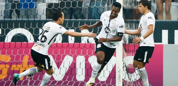 Vitórias contra Vasco, já confirmada, e SP, rival de domingo, podem render prêmio extra ao elenco