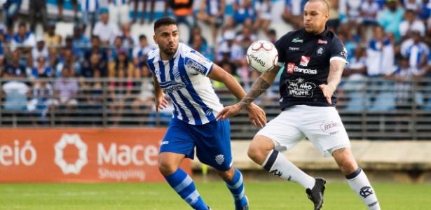 Volante, ex-Corinthians e Portuguesa, é destaque do CSA na Série C do Brasileiro
