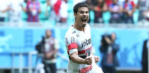 Hernanes vê clássico com o Palmeiras como referência para enfrentar o Corinthians