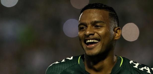 Reinaldo é um dos destaques da Chapecoense nesta temporada
