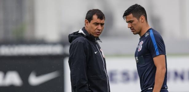 Carille e Balbuena durante treino do Corinthians no CT Joaquim Grava