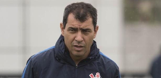 Carille vê jogadores do Corinthians abaixo do rendimento