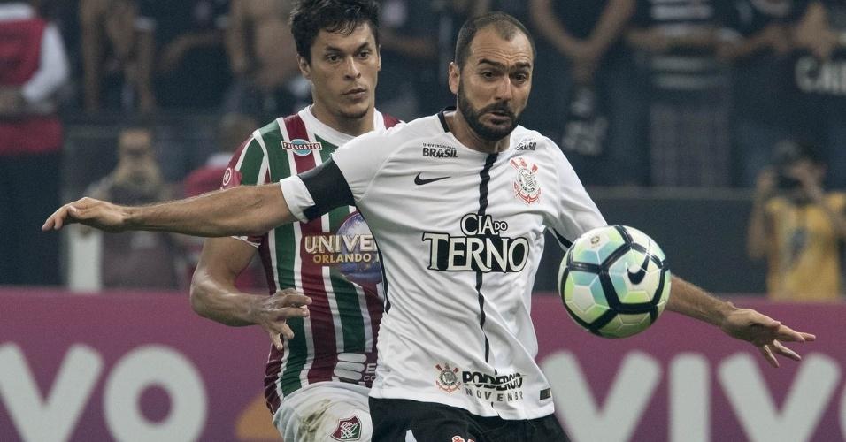 Futuro de Danilo no Corinthians está definido pela diretoria