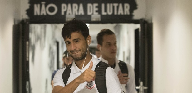 Camacho voltará a jogar como titular do Corinthians nesta quarta à noite
