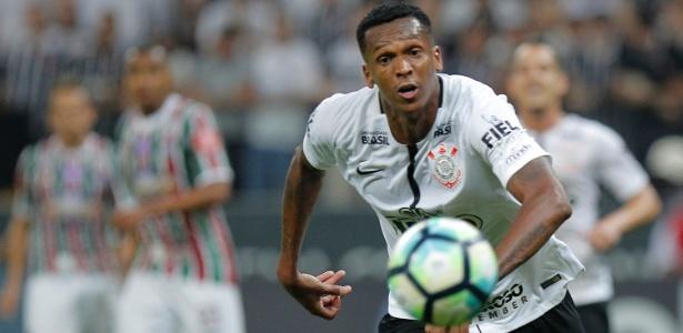 Artilheiro do Campeonato Brasileiro, atacante Jô soma 18 gols