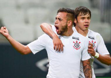 Maycon - Romero - Corinthians 3 x 1 Vitória