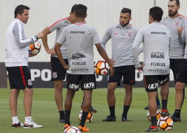 Osmar Loss - Jogadores - Corinthians