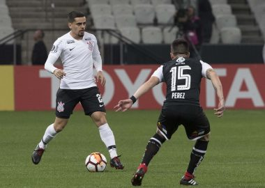 Fagner - Corinthians x Colo-Colo
