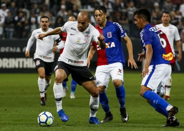 Roger - Corinthians 1 x 0 Paraná