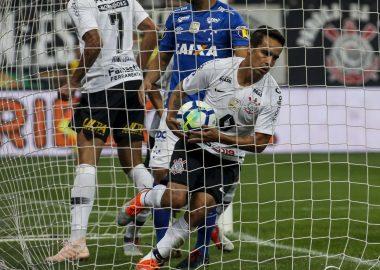 Jadson - Corinthians x Cruzeiro