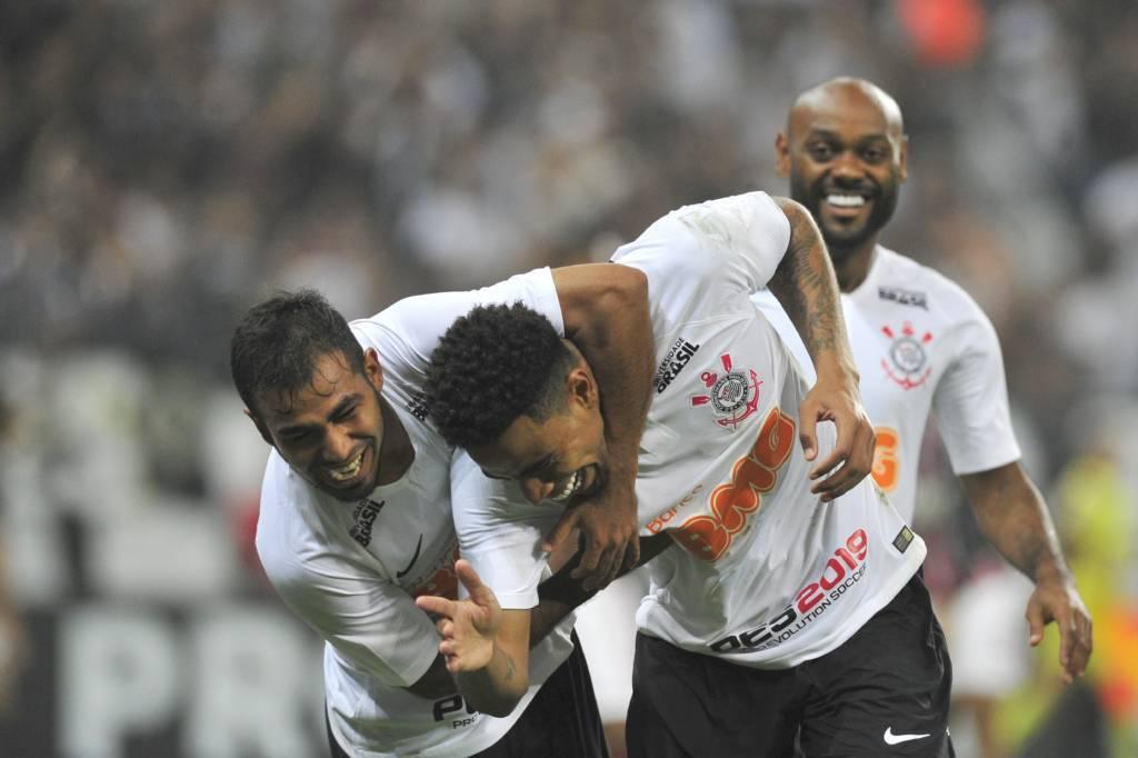 Gustagol - Sornoza - Vagner Love - Corinthians 2 x 1 São Paulo