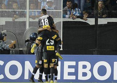 Racing x Corinthians
