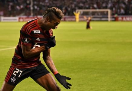 LDU x Flamengo Bruno Henrique
