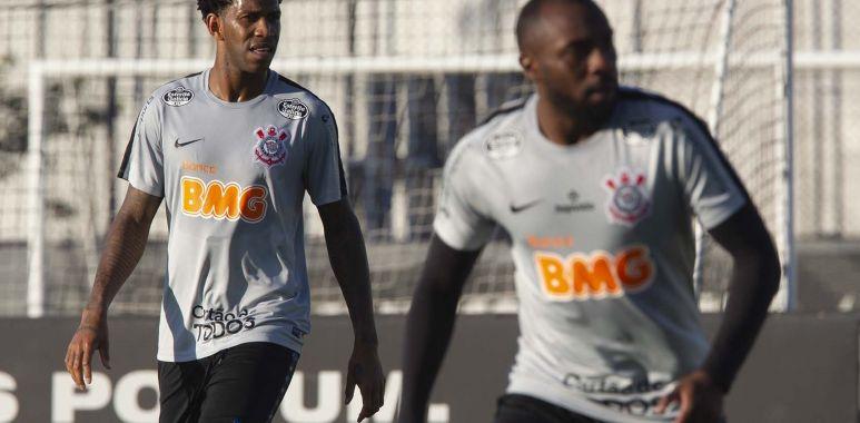 Gil - Manoel - Treino do Corinthians