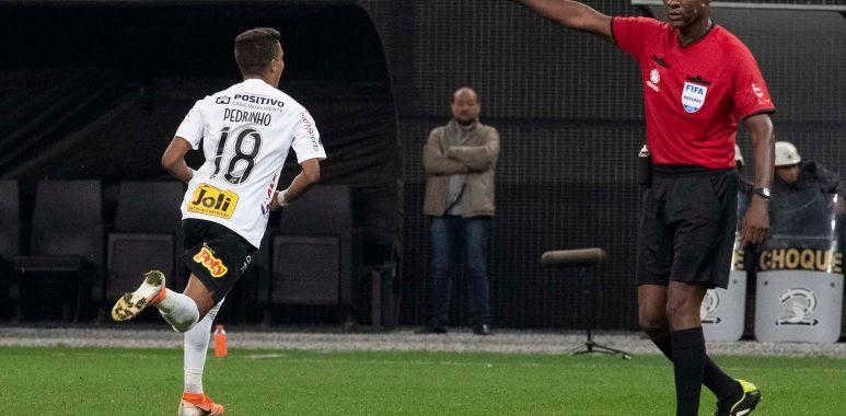 Pedrinho - Corinthians 2 x 0 Montevideo