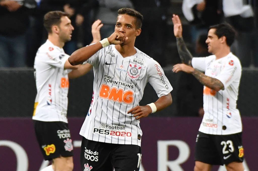 Pedrinho - Corinthians 2 x 0 Montevideo Wanderers
