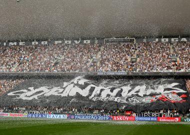 Torcida do Corinthians - Bandeirão na Arena