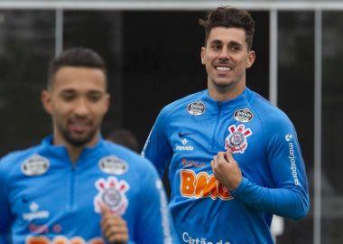 Clayson - Danilo Avelar - Treino do Corinthians