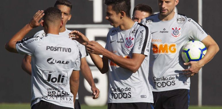 Corinthians divulga relacionados para enfrentar o Internacional