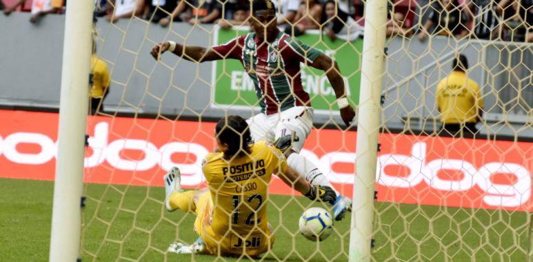 Cassio - Fluminense x Corinthians