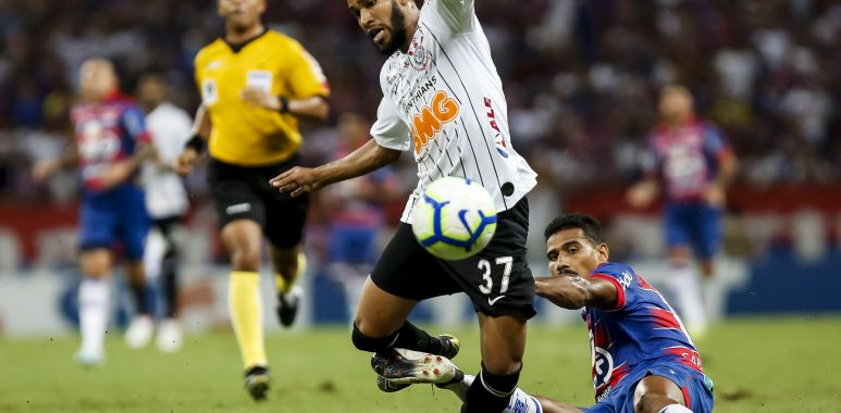 Everaldo - Corinthians x Fortaleza