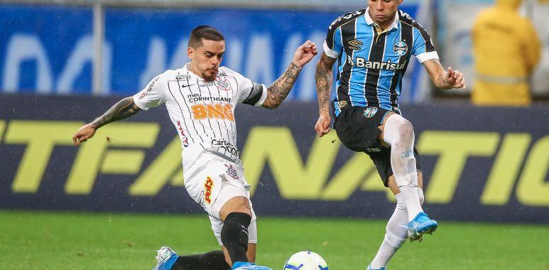 Fagner - Grêmio x Corinthians